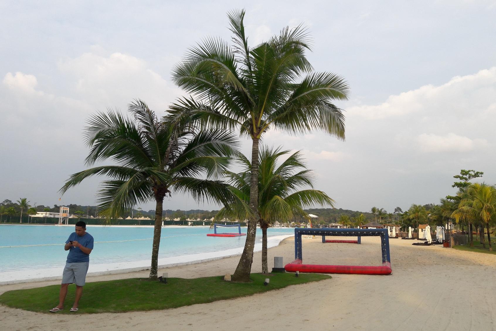 Treasure Bay Kolam Renang Terbesar Di Asia Tenggara